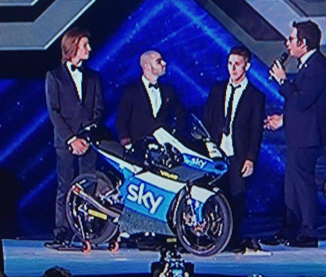 valentino rossi moto sky team moto 3 x factor