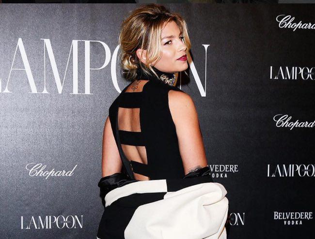 Emma Marrone si arrabbia con i fan per le foto su Lampoon