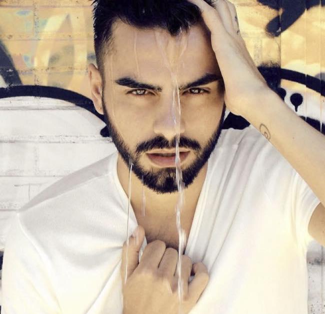 Uomini e donne trono gay Claudio Sona impazzito per Mario il corteggiatore