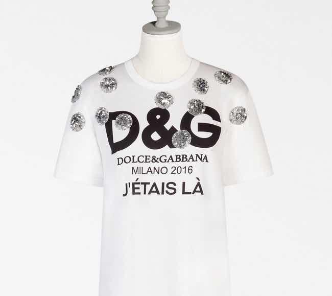Regali di Natale la T-shirt di Dolce e Gabbana che costa solo 995 euro