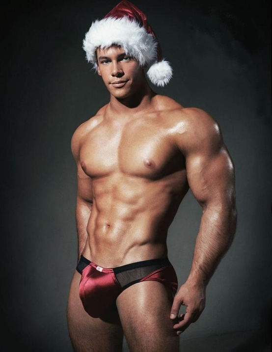 https://www.tuttouomini.it/images/2017/1/sexy1naked-santa.jpg