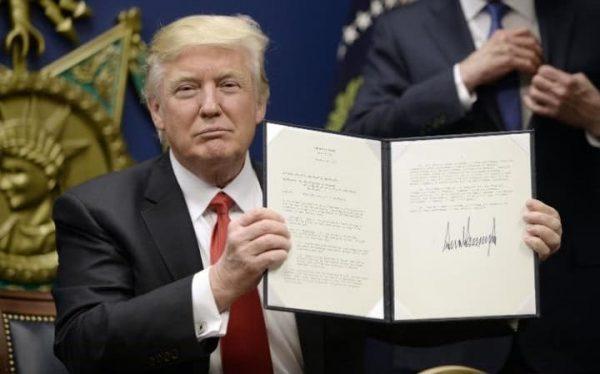 Trump duro colpo al mondo gay eliminati le norme anti discriminazione