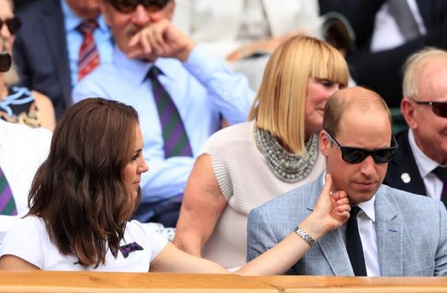Wimbledon Kate Middleton chiede scusa a William con una carezza?