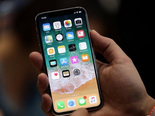 Carattere indiano iPhone bloccato come risolvere il problema?