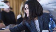 """Laura Pausini dopo l'aereo arriva a Che Tempo che fa per presentare """"Fatti sentire"""""""