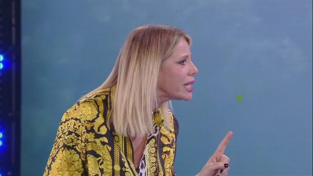 """Finale Isola dei Famosi parla Alessia Marcuzzi:""""Mi hanno dato dell'ubriacona"""""""