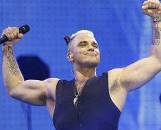 Mondiali 2018 inaugurazione, Robbie Williams canta per la Russia (VIDEO)
