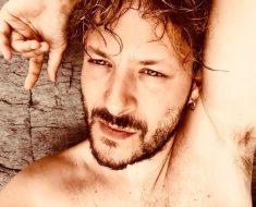 Matrimonio gay tra lo stilista Cruciani l'ex iena Yang Shi, unione a Milano
