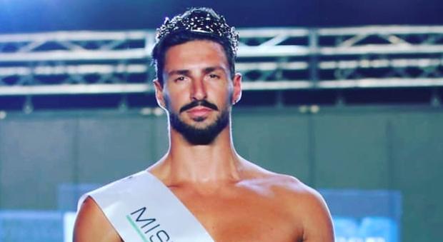 Mister Italia revocato il titolo ecco perchè se ne parla a Pomeriggio 5