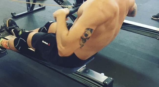 Come usare il vogatore in palestra per tonificare bene i muscoli