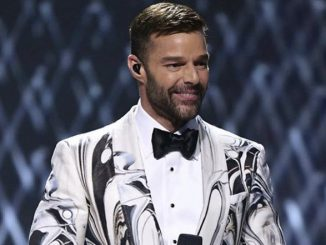 Ricky Martin bellissimo in Tom Ford look ai Latin Grammy