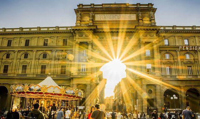 Vacanze gay a Firenze: cosa fare, dove dormire e luoghi della movida