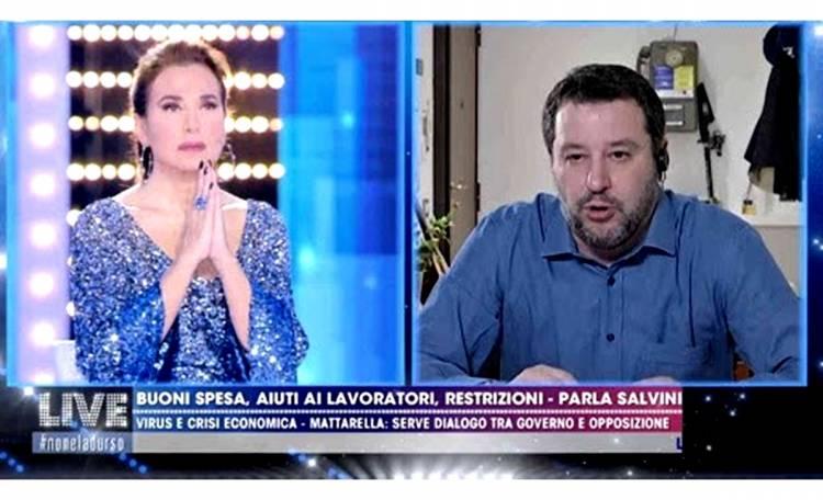 Barbara D'Urso sta tirando troppo la corda troppo autoreferenziale, petizione contro di lei