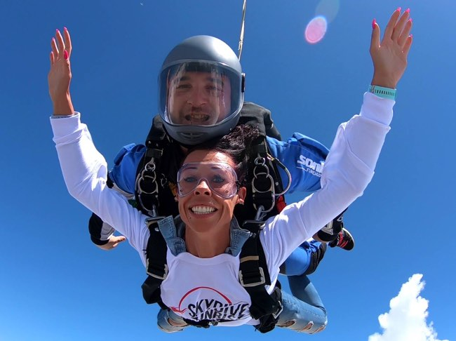 Lancio in paracadute tandem, una scarica di adrenalina
