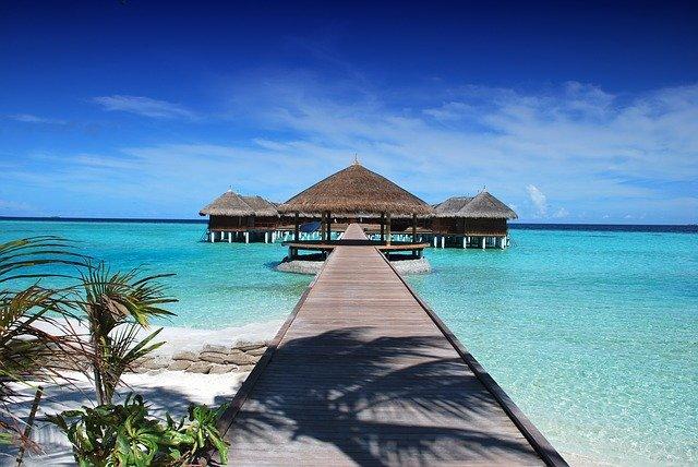 Quando riaprono le Maldive ai turisti internazionali e le nuove regole
